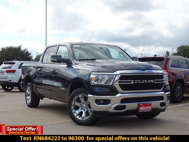 2019 Ram 1500 Crew Cab 4x2,  Pickup #KN684223 - photo 4