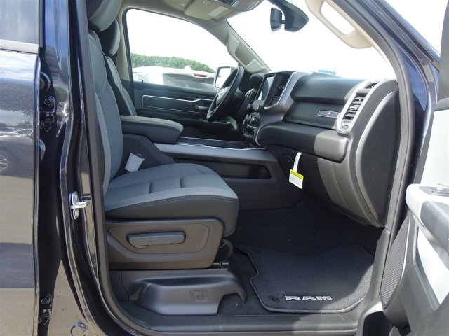 2019 Ram 1500 Crew Cab 4x2,  Pickup #KN684223 - photo 30