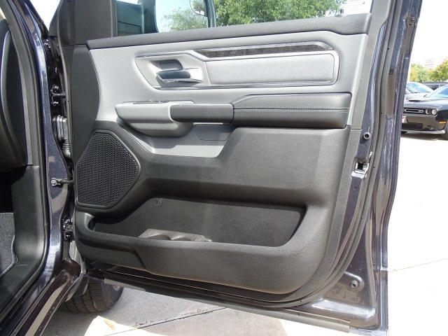 2019 Ram 1500 Crew Cab 4x2,  Pickup #KN684223 - photo 32
