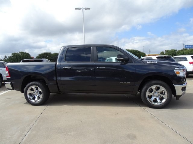 2019 Ram 1500 Crew Cab 4x2,  Pickup #KN684223 - photo 3