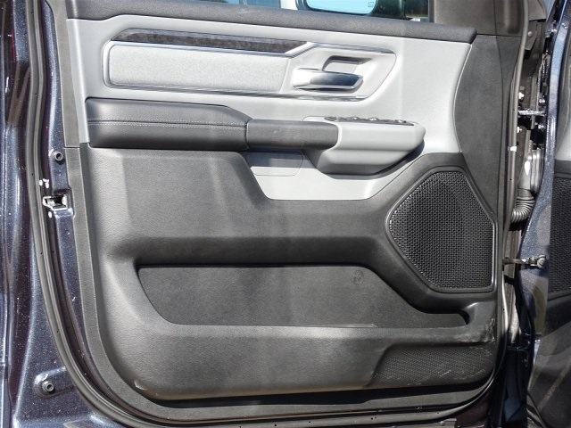 2019 Ram 1500 Crew Cab 4x2,  Pickup #KN706017 - photo 13