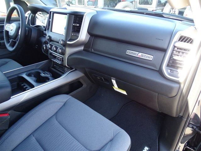 2019 Ram 1500 Crew Cab 4x2,  Pickup #KN706017 - photo 34
