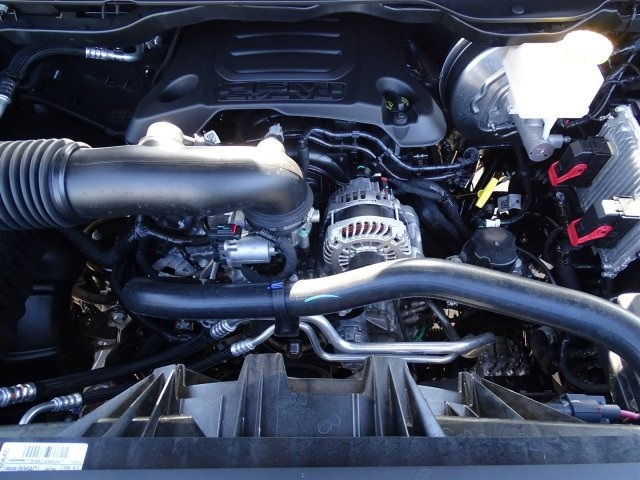 2019 Ram 1500 Crew Cab 4x2,  Pickup #KN706017 - photo 38