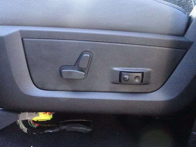 2019 Ram 1500 Crew Cab 4x2,  Pickup #KS549411 - photo 13