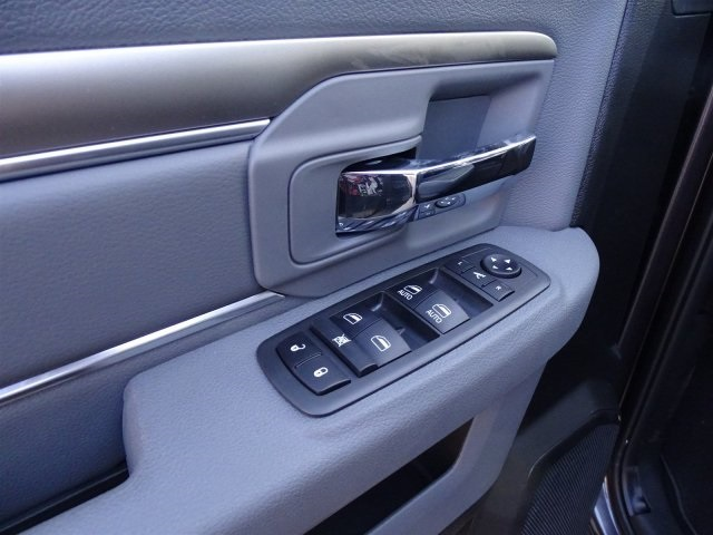 2019 Ram 1500 Crew Cab 4x2,  Pickup #KS549411 - photo 16