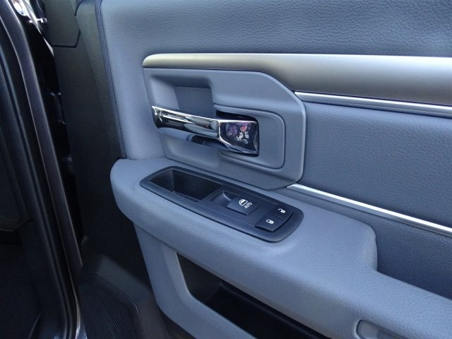 2019 Ram 1500 Crew Cab 4x2,  Pickup #KS549411 - photo 33