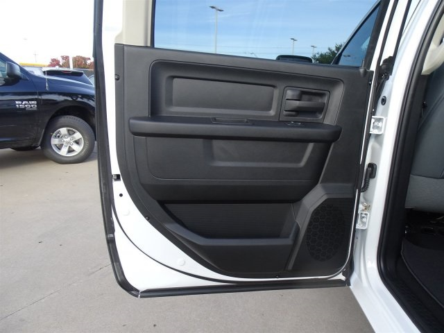 2019 Ram 1500 Crew Cab 4x2,  Pickup #KS562478 - photo 18