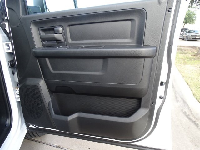 2019 Ram 1500 Crew Cab 4x2,  Pickup #KS562478 - photo 31