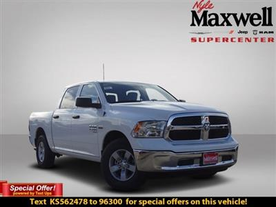 2019 Ram 1500 Crew Cab 4x2,  Pickup #KS562478 - photo 1