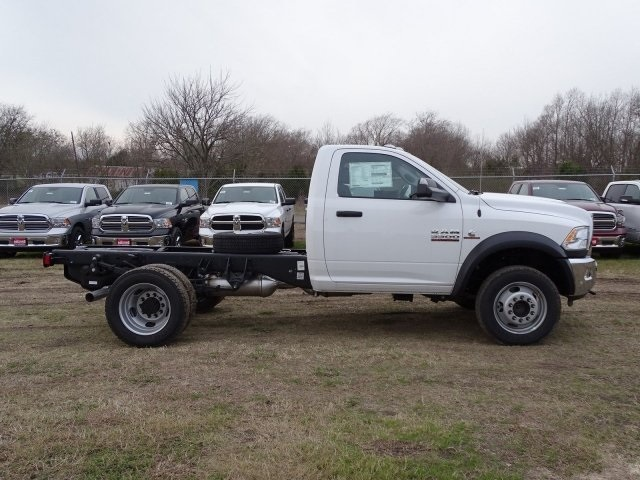 2018 Ram 5500 Regular Cab DRW 4x4,  Cab Chassis #JG406849 - photo 2