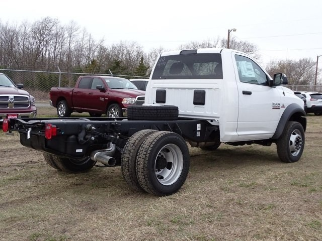 2018 Ram 5500 Regular Cab DRW 4x4,  Cab Chassis #JG406849 - photo 4