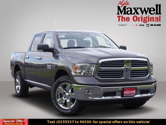 2018 Ram 1500 Crew Cab 4x4,  Pickup #JS355337 - photo 1