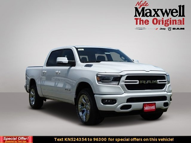 2019 Ram 1500 Crew Cab 4x4,  Pickup #KN524354 - photo 1