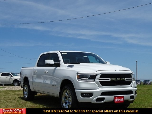 2019 Ram 1500 Crew Cab 4x4,  Pickup #KN524354 - photo 3
