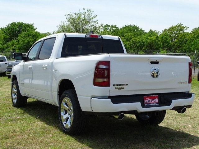 2019 Ram 1500 Crew Cab 4x4,  Pickup #KN524354 - photo 5
