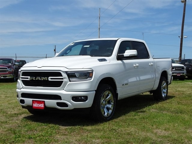 2019 Ram 1500 Crew Cab 4x4,  Pickup #KN524354 - photo 7