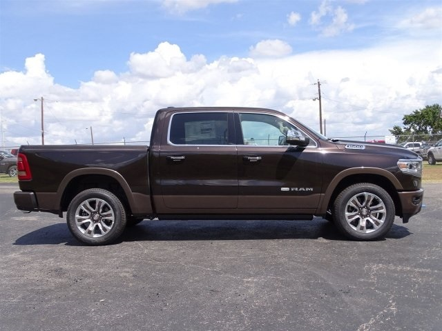 2019 Ram 1500 Crew Cab 4x2,  Pickup #KN617741 - photo 4