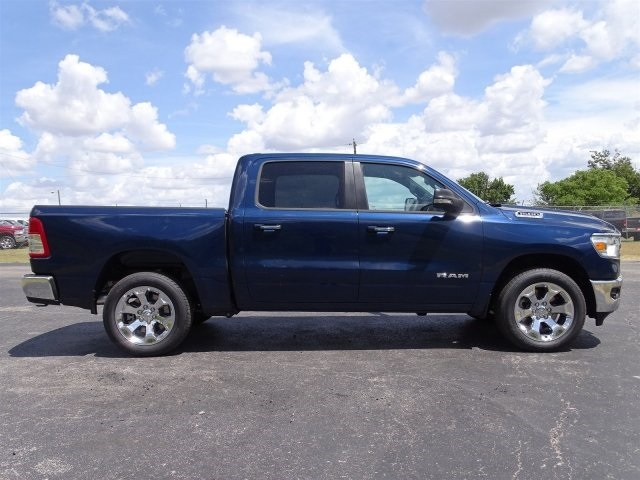 2019 Ram 1500 Crew Cab 4x2,  Pickup #KN635487 - photo 4
