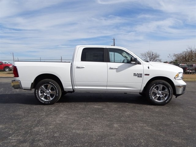 2019 Ram 1500 Crew Cab 4x2,  Pickup #KS549423 - photo 3
