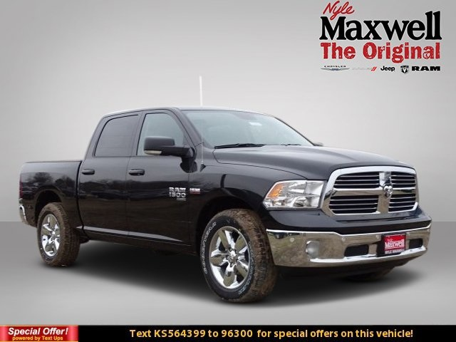 2019 Ram 1500 Crew Cab 4x2,  Pickup #KS564399 - photo 1