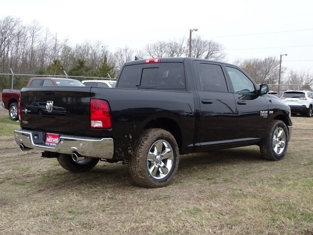2019 Ram 1500 Crew Cab 4x2,  Pickup #KS564399 - photo 4