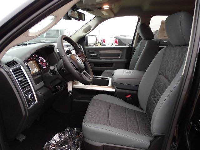 2019 Ram 1500 Crew Cab 4x2,  Pickup #KS564399 - photo 8