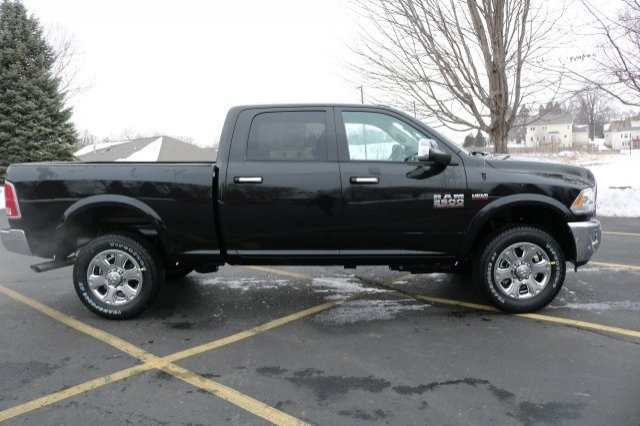 2018 Ram 2500 Crew Cab 4x4,  Pickup #8R10360 - photo 3