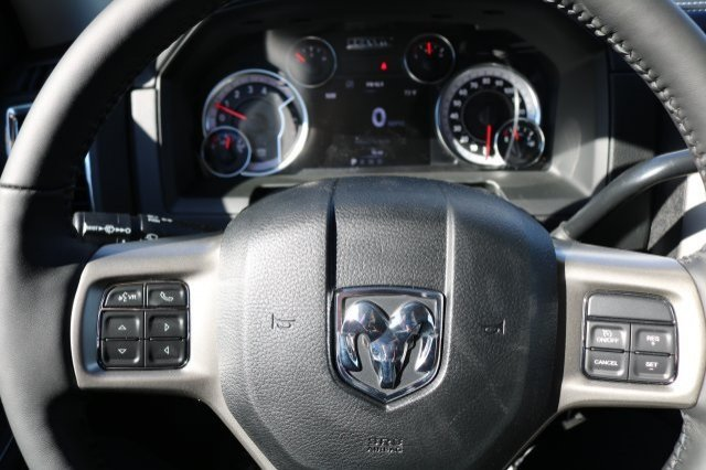 2018 Ram 2500 Crew Cab 4x4,  Pickup #8R8950 - photo 17