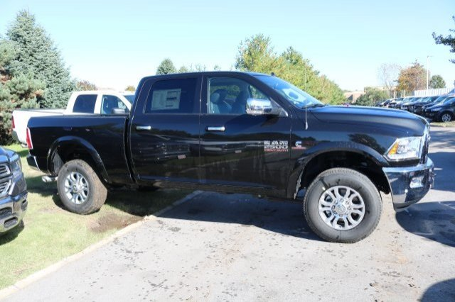 2018 Ram 2500 Crew Cab 4x4,  Pickup #8R8950 - photo 3