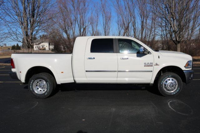 2018 Ram 3500 Mega Cab DRW 4x4,  Pickup #8R9260 - photo 3