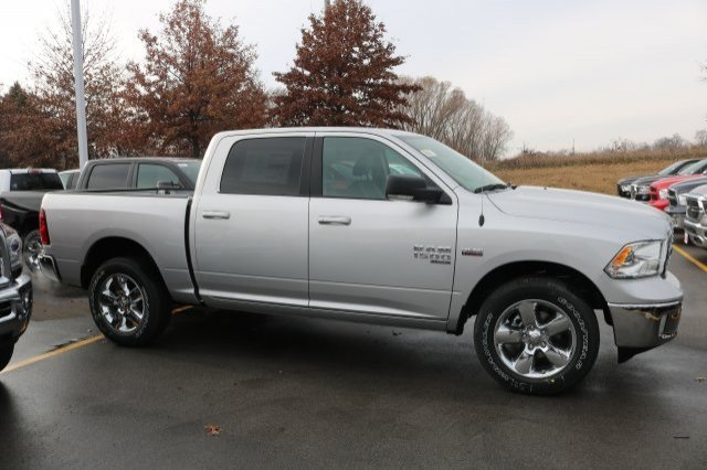 2019 Ram 1500 Crew Cab 4x4,  Pickup #9R2270 - photo 4