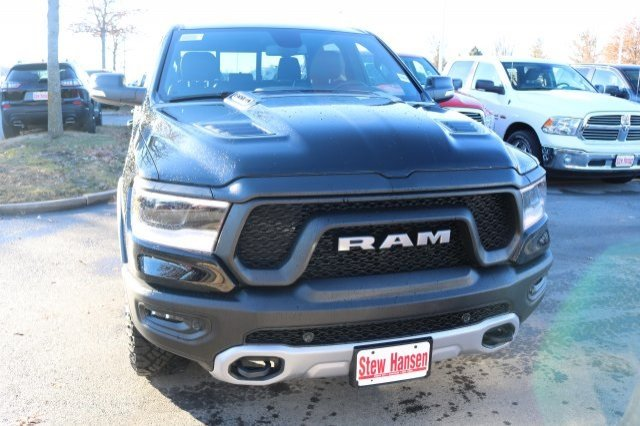 2019 Ram 1500 Crew Cab 4x4,  Pickup #9R2810 - photo 8