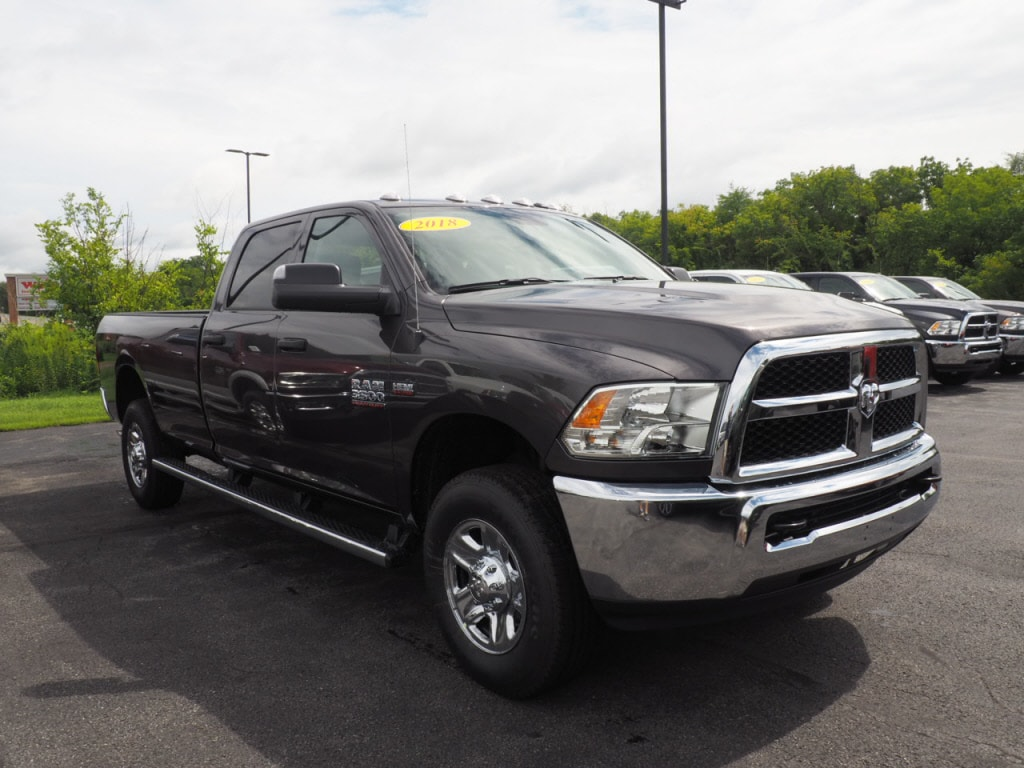 2018 Ram 3500 Crew Cab 4x4,  Pickup #JG293032 - photo 3