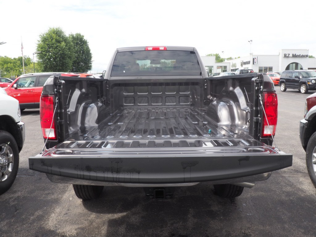 2018 Ram 3500 Crew Cab 4x4,  Pickup #JG293032 - photo 6