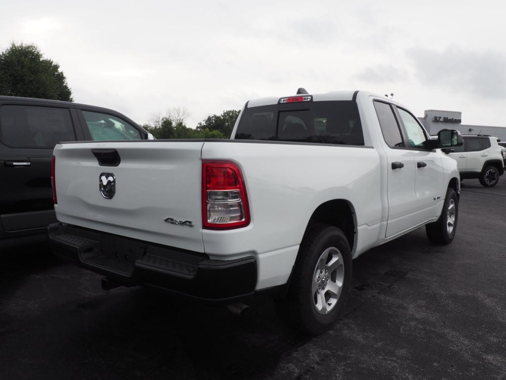 2019 Ram 1500 Quad Cab 4x4,  Pickup #KN556877 - photo 5