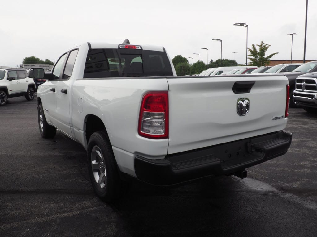 2019 Ram 1500 Quad Cab 4x4,  Pickup #KN556877 - photo 2