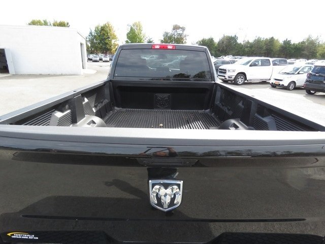 2018 Ram 2500 Crew Cab 4x2,  Pickup #G212046 - photo 5