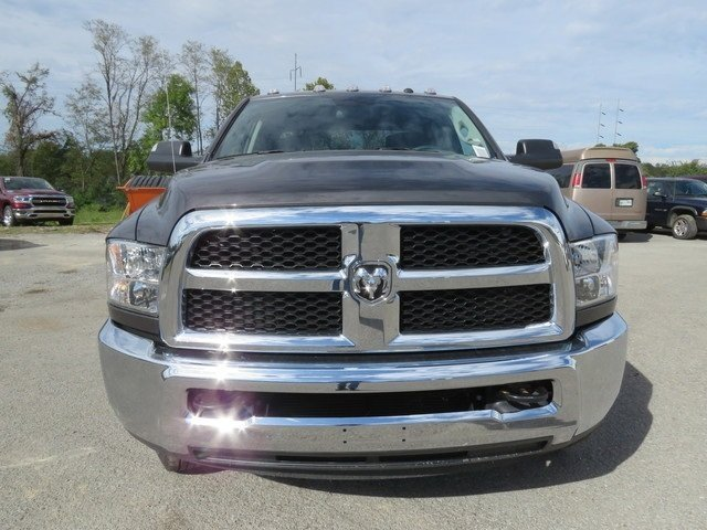 2018 Ram 3500 Crew Cab DRW 4x4,  Pickup #G305479 - photo 8