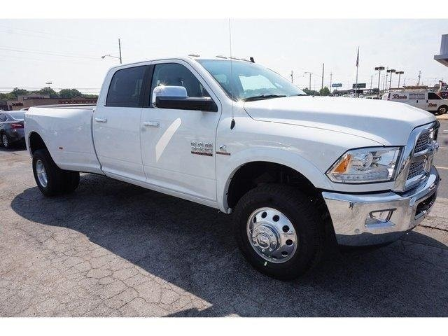 2018 Ram 3500 Crew Cab DRW 4x4,  Pickup #G319584 - photo 3