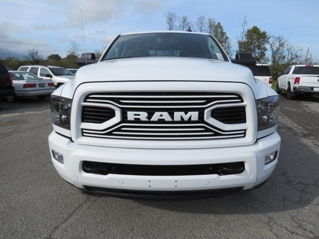 2018 Ram 3500 Crew Cab 4x4,  Pickup #G339262 - photo 9