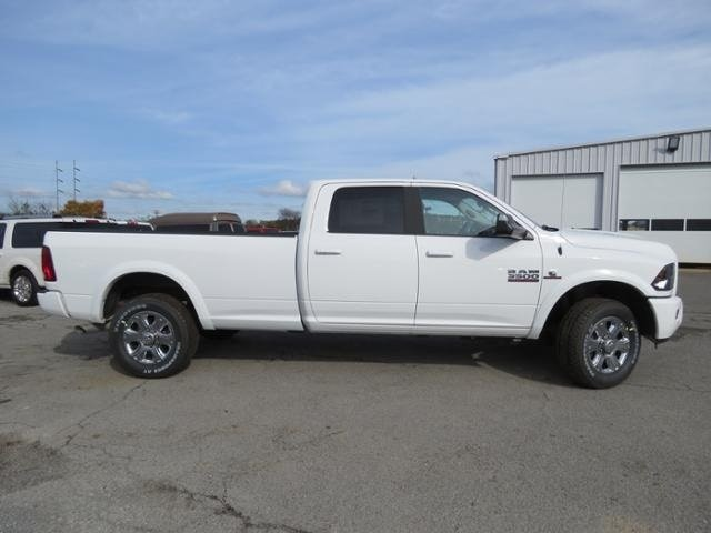 2018 Ram 3500 Crew Cab 4x4,  Pickup #G339262 - photo 4