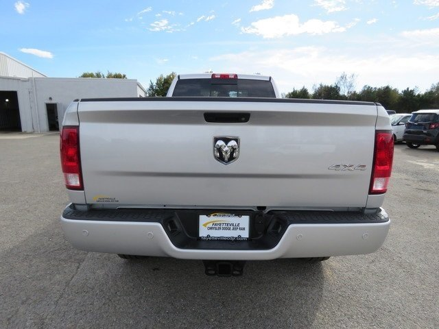 2018 Ram 3500 Crew Cab 4x4,  Pickup #G342993 - photo 6