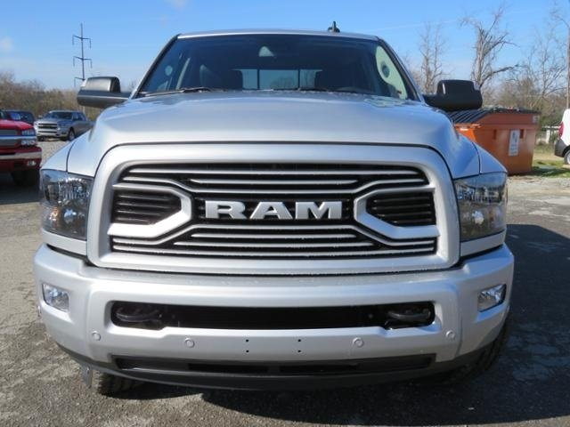 2018 Ram 3500 Crew Cab 4x4,  Pickup #G342994 - photo 9