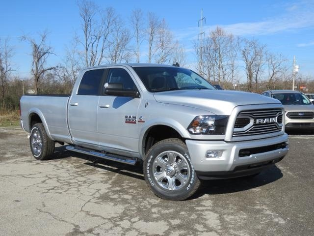 2018 Ram 3500 Crew Cab 4x4,  Pickup #G342994 - photo 3