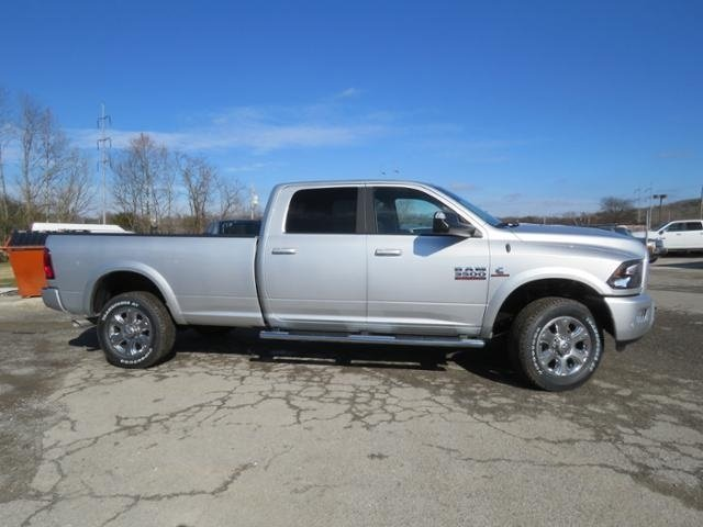 2018 Ram 3500 Crew Cab 4x4,  Pickup #G342994 - photo 4
