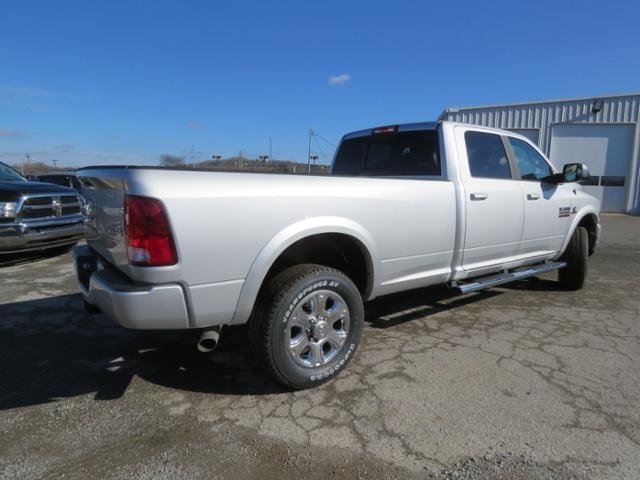 2018 Ram 3500 Crew Cab 4x4,  Pickup #G342994 - photo 5