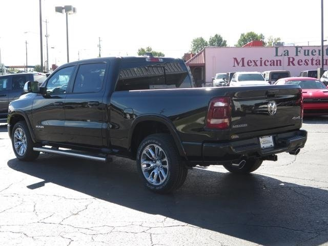 2019 Ram 1500 Crew Cab 4x4,  Pickup #N612397 - photo 2