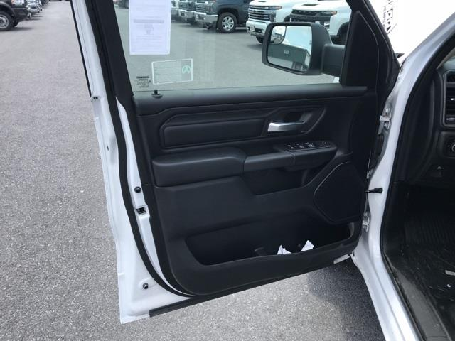 2019 Ram 1500 Crew Cab 4x2, Pickup #D190264 - photo 14