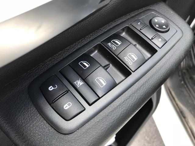 2019 Ram 1500 Crew Cab 4x2, Pickup #D190264 - photo 15