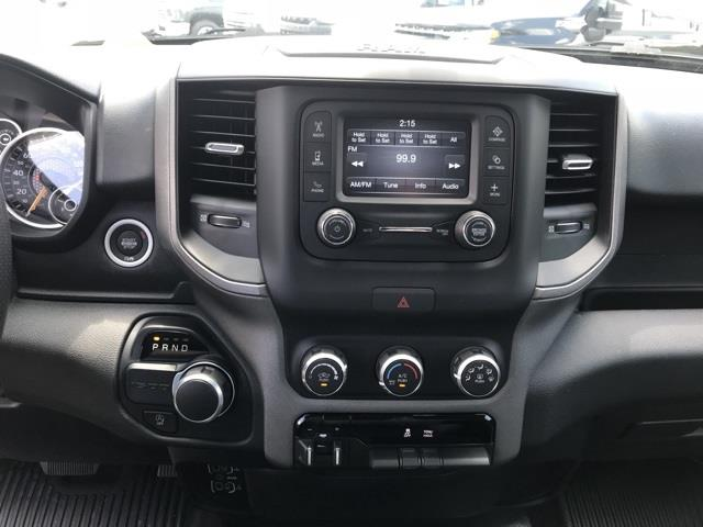 2019 Ram 1500 Crew Cab 4x2, Pickup #D190264 - photo 20
